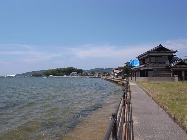 糸島半島引津湾の風景